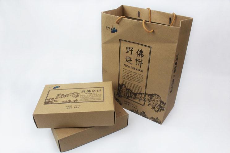 这样原汁原味土特产礼品盒+手提袋套装你也想要吗?快来长沙印刷厂日大彩印定制!